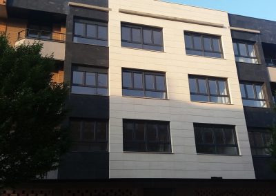 Arinsa, edificio en calle Gayarre