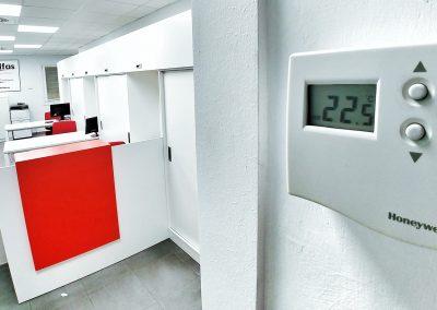 Sistema de climatización de oficinas de Adelfas
